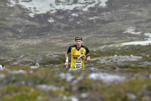 Tove Alexandersson trivs i fjällterrängen runt Idre Fjäll och kommer att springa premiären av Idre Fjällmaraton efter VM i Estland.