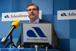 Arbetsförmedlingens generaldirektör Mikael Sjöberg fick lämna ett tungt besked på onsdagen, till sina anställda. Foto: Fredrik Sandberg / TT