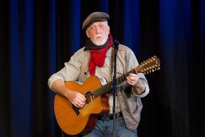 Ewert Ljusberg finns med i artistlistan