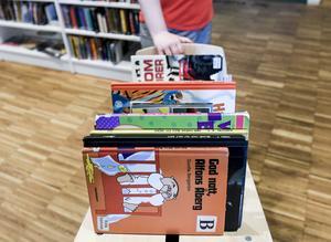 Det bästa du kan ge ditt barn finns gratis att komma över på biblioteken. Bild: Pontus Lundahl