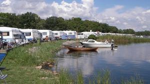 Dragsö camping har besökare året runt. På vår och höst kommer sportfiskarna. På sommaren kommer barnfamiljerna.
