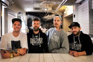 Simon Wanler, vd, Niclas Öberg, driftschef, Jonas Ylinenjärvi. platschef i Luleå, och Renzo Alvarez, platschef i Sundsvall.
