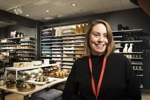Maria Persson är butikschef på H&M i Örnsköldsvik och ser mycket fram emot att få välkomna Ö-viksborna in i den nya H&M Home butiken som öppnar under torsdagen.