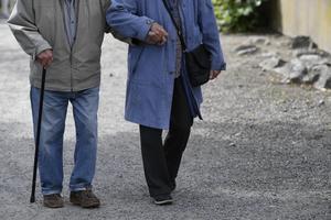 Genom att införa en äldreombudsman visar vi att vi är fast beslutna att förbättra villkoren för årsrika i Norrtälje kommun, skriver Robert Beronius och Hans Andersson. Foto: Anders Wiklund, TT.