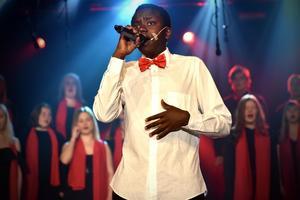 Tusse Chiza vann Talangjakten i Mora när han sjöng Hallelujah av Leonard Cohen. Det blev en favorit i repris under vårshowen.