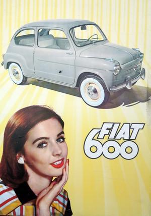 Givetvis pryder denna reklamtavla från sent 1950-tal Runes garage.