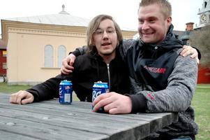 Andreas Magnusson och Jonny Åhlström deltog i festligheterna.