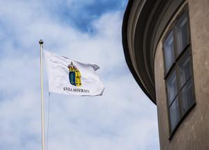 Svea Hovrätts beslut öppnar nu för att lagstiftningen behöver skyndsamt ses över och en Lex Carolina införas.