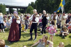 Firandet vid Vallby friluftsmuseum.