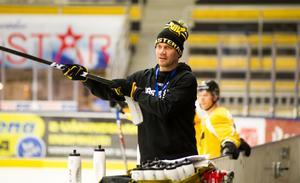 Thomas Paananen pekade ut rätt gameplan för VIK borta mot Mariestad. Och har fått sitt lag att prestera i matcherna mot de bästa lagen i grundserien.
