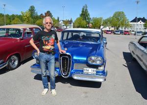 Stefan Dannberg vid sin Edsel -58.