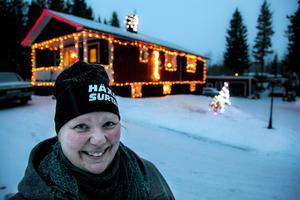 Catarina Anderssons och Jean Machners hus i Landön sprider julstämning i hela bygden.