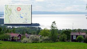 Kartbilden visar skalvets epicentrum, sju mil norr om Mora.