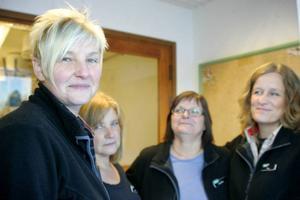Till vänster Elsie Van Cotthem, som har sina rötter i Belgien, hoppas kunna öppna sin Tempobutik i Föllinge om en vecka. Hon kommer att driva butiken tillsammans med de gamla arbetskamraterna Gunnel Persson, Anna-Britta Nilsson och Lena Sundin.
