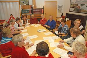 Fabriksarbetare. Nästan alla finska pensionärer som träffades på biblioteket hade jobbat på Stora Enso-fabriken i Skutskär.