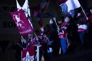 De vilda gässen, HHC:s supporterklubb, får en motståndare att bita i på lördagen när Södertälje SK kommer till Glysishallen.