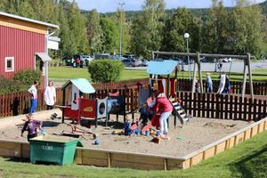 Så här ser lekplatsen ut vid den nya förskolan.