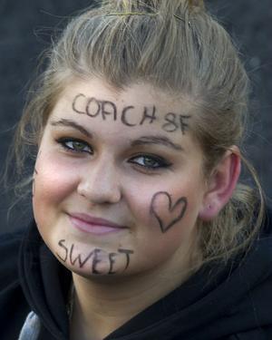 Maja von-Borg hade snudd på krigsmålat sig. Maja var coach för laget Sweet, från klass 8 F på Lust & Lära.