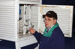 Jan-Olov Carlsson i Långshyttan har rapporterat in väderobservationer till SMHI sedan 1987.