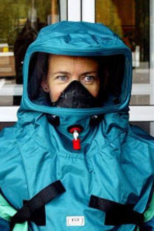 Samhällets förmåga att hantera epidemier eller stora händelser med kemiska eller radioaktiva ämnen är för dålig.