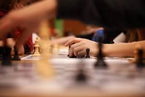 197 barn spelar schack