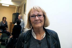 Jag är glad att politikerna i kommunstyrelsen har fattat ett juste beslut, säger Inger Öst som dock vill få beslutet skriftligt innan hon riktigt kan tro på det.