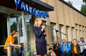 Föräldrar som flyttat sitt barn till en annan skola riktar kritik mot MTH-utbildning i Hudiksvall.