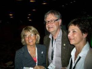 Maria Söderberg, Håkan Larsson och Carina Zetterström, med flera, betvingade partistyrelsen.