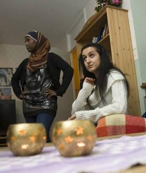 STAMMISAR. Halima Hussein och Jamila Abbasi har vuxit upp inom Fritidsföreningen Nordost och vill att de unga flickor som i dag kommer till föreningen ska få samma möjlighet som de fick.