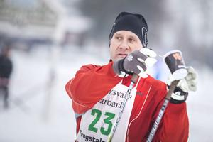 Torbjörn Bäckström, Ski Bike and Run, har laddat med välbehövlig dricka.