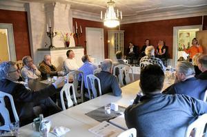 Välbesökt. Runt 25 stycken deltog i tisdagkvällens samtal.