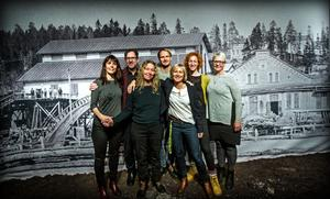 Kärntruppen i teatersatsningen är Malin Berglund, Jan Boholm, Sofia Andersson, Jens Nilsson, Katarina Larsson, Diana Berntsdotter Vallgren och Ann-Catrin Brandtlin.