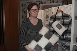 Under några dagar har Agnetha Sawelin-Söderlund haft försäljning av sina produkter hemma i hallen.