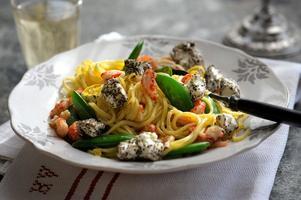 Pasta är en favorit på de flesta middagsbord. En bra kastrull kan kanske göra matlagningen ett snäpp roligare.