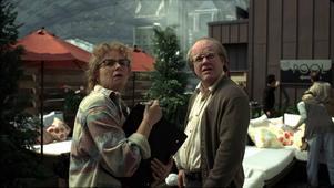 """Samantha Morton och Philip Seymour Hoffman åldrar sig igenom den märkliga """"Synecdoche, New York""""."""
