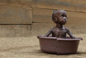 Katastrof. 13 miljoner människor är drabbade av akut hungersnöd på Afrikas horn. Men vi låter oss inte nedslås, vår tro manar oss till handling och stärker vårt hopp om att förändring är möjlig, skriver Erik Lysén.foto: scanpix