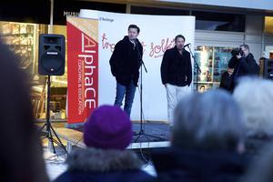 Fredrik Wikingsson och Filip Hammar tackade Borlänge för vänlighet och gästfrihet.