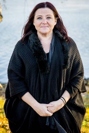 Pernilla Eurenius, regional strateg för Folkets Hus och Parkers riksorganisation. Jobbar ideellt med flera olika projekt, 47 år.
