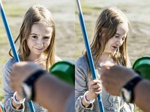 Isabelle Hålén tycker att det är lite läskigt när Per Boström sätter mask på kroken.