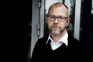 Magnus Höijer är rådgivare på PWC och tidigare chef för gymnasieskolan och vuxenutbildningen i Sandvikens kommun. Han kandiderade för riksdagen 2010 och sitter i Socialdemokraternas valberedning.