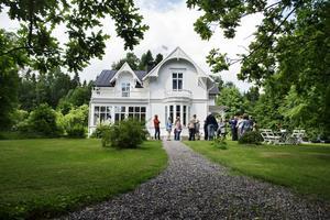 Villa Kaptensudden, den största och mest herrgårdslika av Petersviksvillorna.