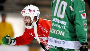 Anders Bruun jublar efter sitt 2-4-mål mot Hammarby.