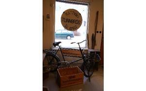 Cykeln användes förr när tunnbrödet kördes ut till butikerna i Rättvik.