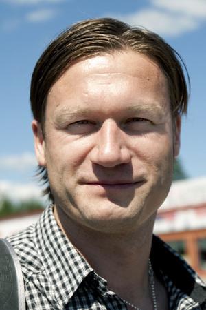 Magnus Englund, 34 år, Falun:– Ja, klart jag äter groddar. Vad är ehec för någonting? Tänker fortsätta köpa groddar även i fortsättningen.
