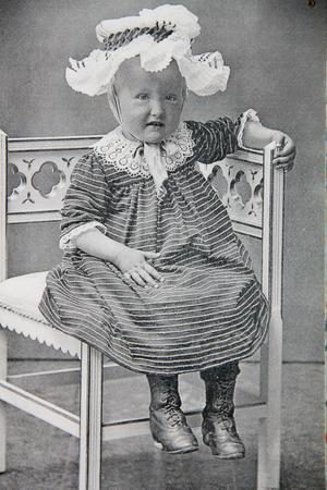 Barnporträtt från sekelskiftet.