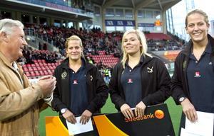Sara Johansson, i mitten, är klar för EM.