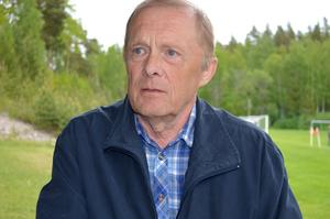 Håkan Stenman, mångårig ordförande i Sundborns GoIF, fick ägna sitt sista ordförandeår åt att ta sin klubb genom föreningens värsta kris i dess 86-åriga historia.
