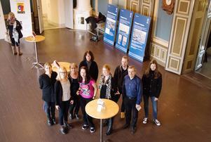 Representanter för arrangörerna Landstingarkivet, Länsmuseet, Arkiv Gävleborg, Lantmäteriet, Gävle stadsarkiv, Fängelsemuseet, Högskolebiblioteket, Järnvägsmuseet och Stadsbiblioteket.