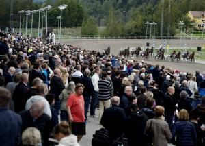 Sundsvall Open Trot brukar innebära en publikfest på Bergsåkers travbana.