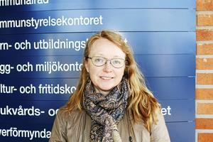 Eva Källander är mark– och exploateringschef. Hon berättar att hon tidigare inte varit med om någon liknande situation men att avdelningen har följt de direktiv man hade då.